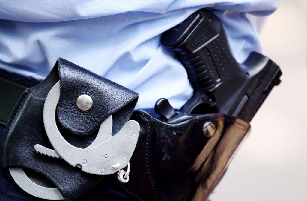 Sam A. wurde am Montag festgenommen und soll abgeschoben werden (Symbolbild). Foto: dpa