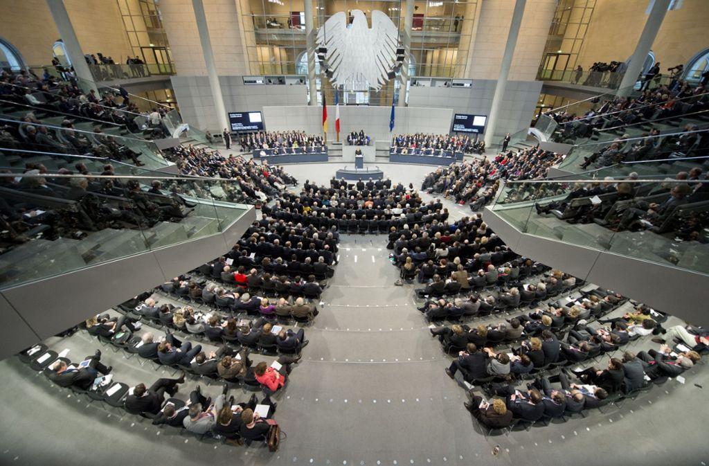 Gemeinsame Sitzungen von Bundestag und Nationalversammlung haben Tradition. Künftig soll es  nicht nur alle paar Jahre schöne Worte,  sondern ein regelmßig tagendes Arbeitsparlament geben. Foto: Archiv/dapd