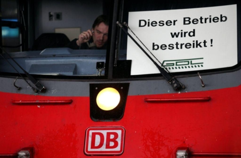 Die Bahn kann sich bei der Entschädigung für Verspätungen nicht auf höhere Gewalt berufen. Foto: dpa