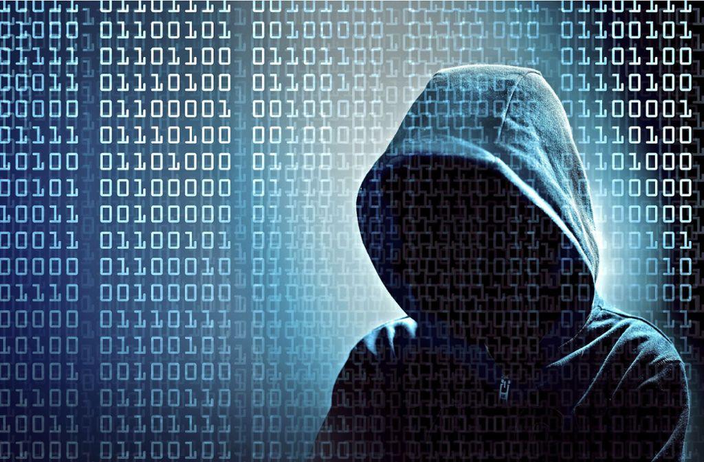 Hacker nutzen die verschiedensten Einfallstore, um an unsere Daten und unser Geld zu kommen. Foto: Adobe Stock/rimom