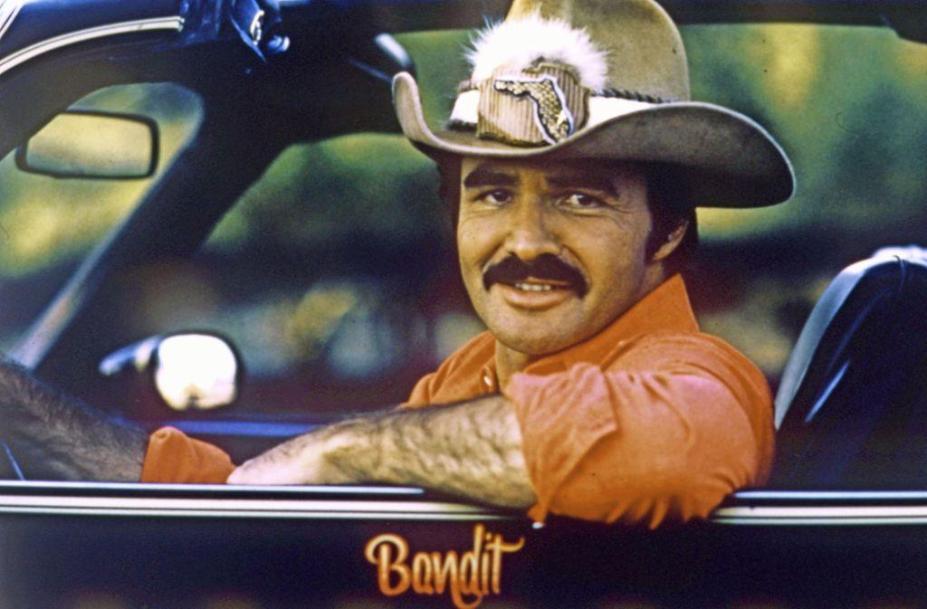 Burt Reynolds war mal das männliche Sexsymbol schlechthin – mit durchaus ironischen Untertönen. Foto: UIP