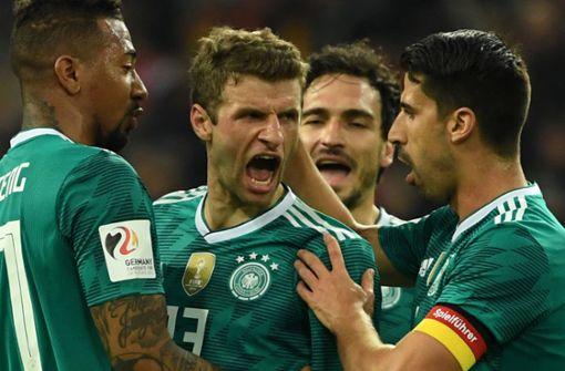 Spanier reizen Löws Weltmeister