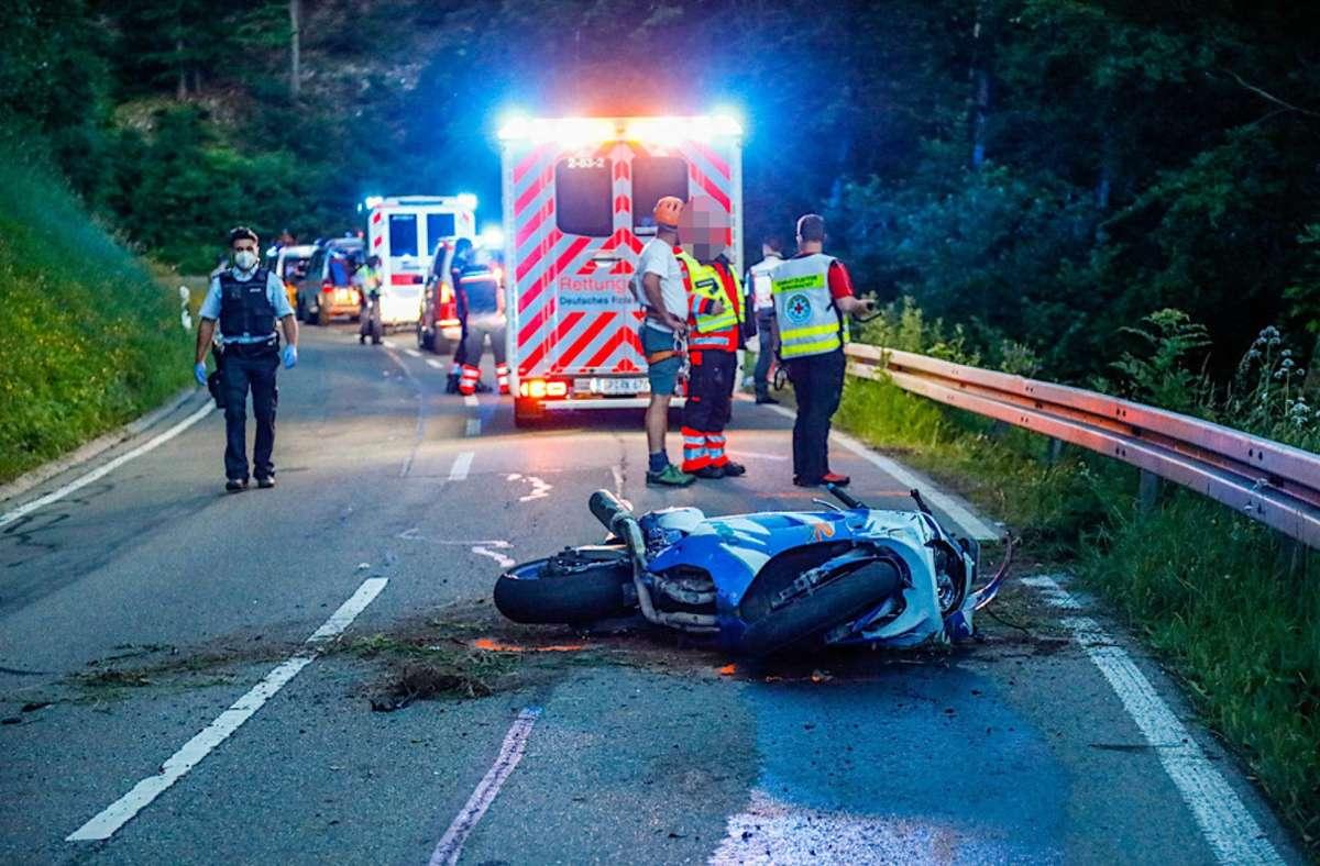 Der Motorradfahrer kam bei dem Unfall ums Leben. Foto: 7aktuell.de/Christina Zambito/7aktuell.de   Christina Zambito