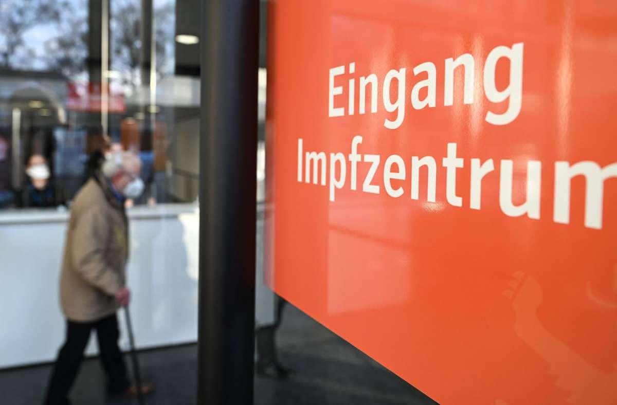 Bremen verzeichnet mit 78,1 Prozent den höchsten Anteil Erstgeimpfter. (Symbolbild) Foto: dpa/Felix Kästle