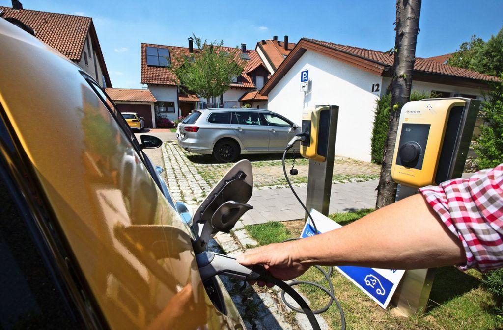 In der Ruiter Belchenstraße waren in den vergangenen Monaten die Stromzapfsäulen voll im Einsatz. Foto: