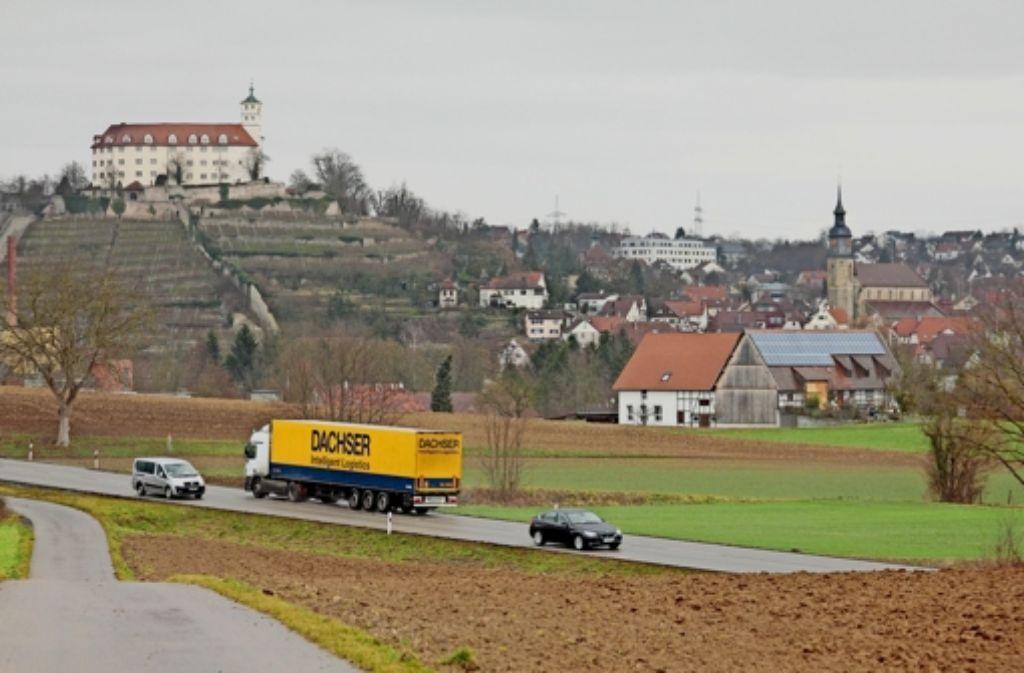 Der Verkehr auf der B10 bei Vaihingen ist vielen ein Dorn im Auge – wer tritt wohl an, um  die Probleme zu lösen? Foto: factum/Granville