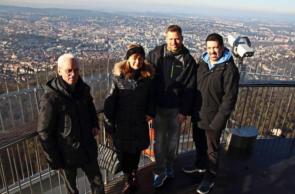 Karl Georg Nörpel, Alexander Veihl und Christian Kampa (von links) wurden alle am 5. Februar geboren. Rosi Schmölz ist zudem der gleiche Jahrgang wie Stuttgarts Wahrzeichen, das am 5. Februar 1956 offiziell eröffnet wurde. Foto: Ralf Recklies