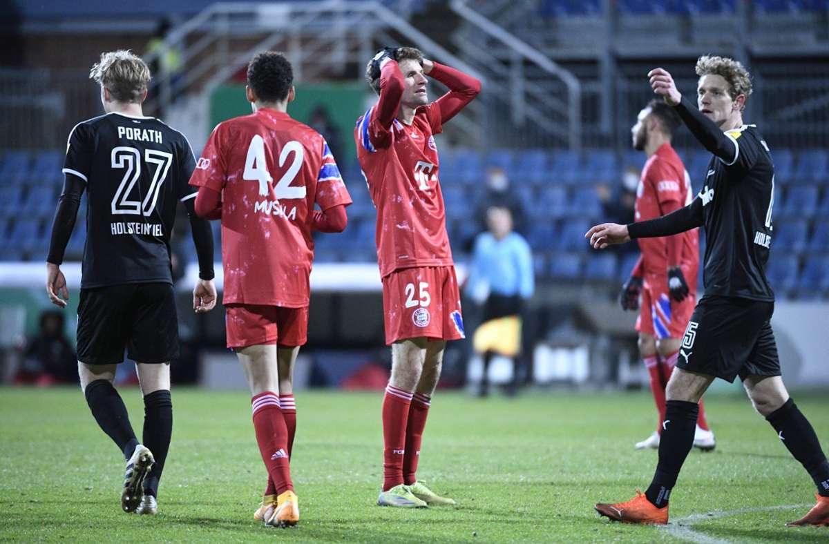 Thomas Müller war nach der Niederlage gegen Kiel bedient. Foto: imago images/Holsteinoffice