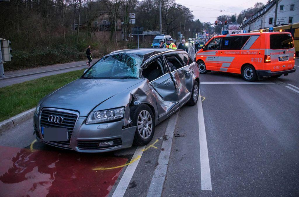 Der Audi-Fahrer wurde bei dem Unfall schwer verletzt. Foto: 7aktuell.de/Andreas Werner