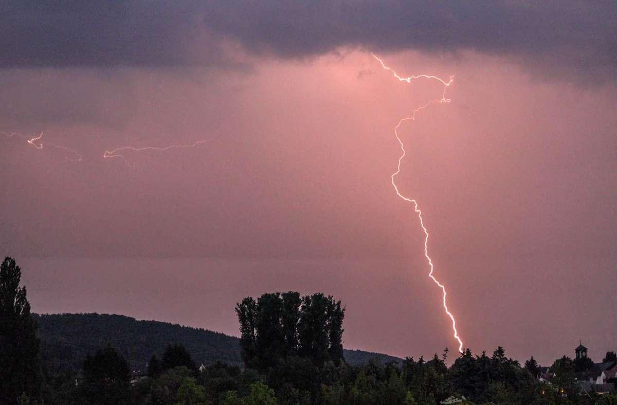 Der Deutsche Wetterdienst warnt vor Gewitter. Foto: 7aktuell.de/Fabian Geier
