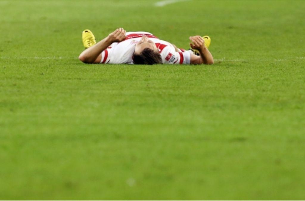 Wen wird VfB-Trainer Bruno Labbadia für den verletzten William Kvist am Samstag gegen Greuther Fürth aufstellen? Foto: Pressefoto Baumann