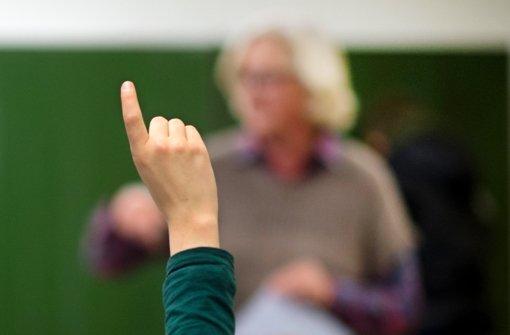 Das Land Baden-Württemberg hat die sogenannte Altersermäßigung neu geregelt – zum Nachteil älterer Lehrer. Foto: dpa