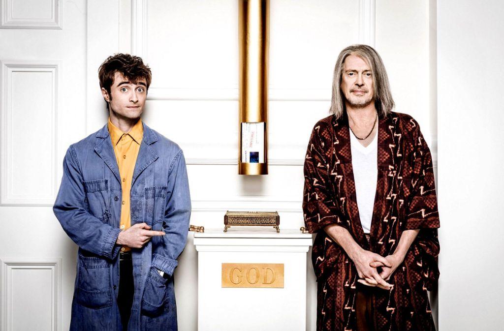 Der Engel und sein Boss: Daniel Radcliffe als Craig und Steve Buscemi als Gott. Foto: © 2018 Turner Broadcasting System