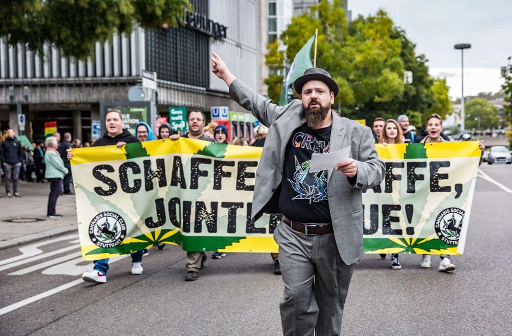 Demo durch die Innenstadt Foto: Lichtgut/Julian Rettig