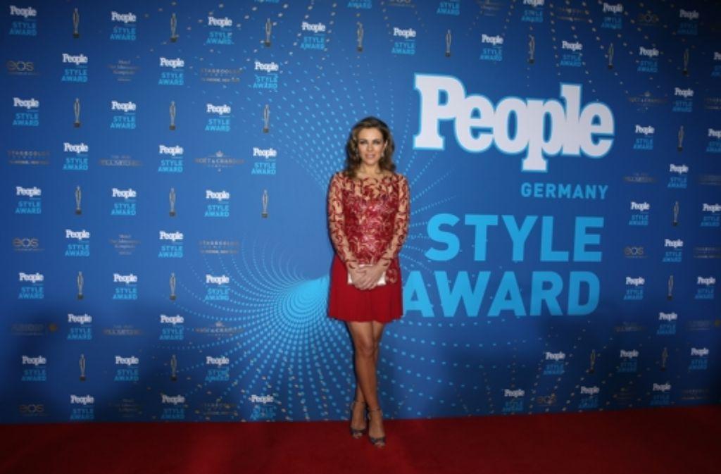 Schauspielerin Liz Hurley bei den People Style Awards in München. Die Britin erhielt bei der Preisverleihung am Montag eine Auszeichnung. Weitere Preisträger des Abends zeigt die Fotostrecke. Foto: Getty Images Europe