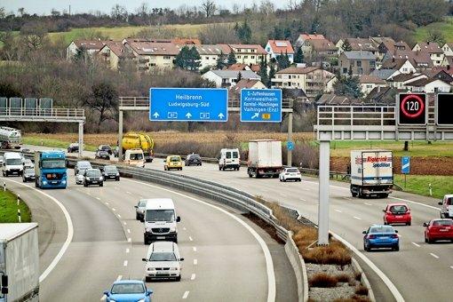 Schilderbrücken in der Region sind sicher