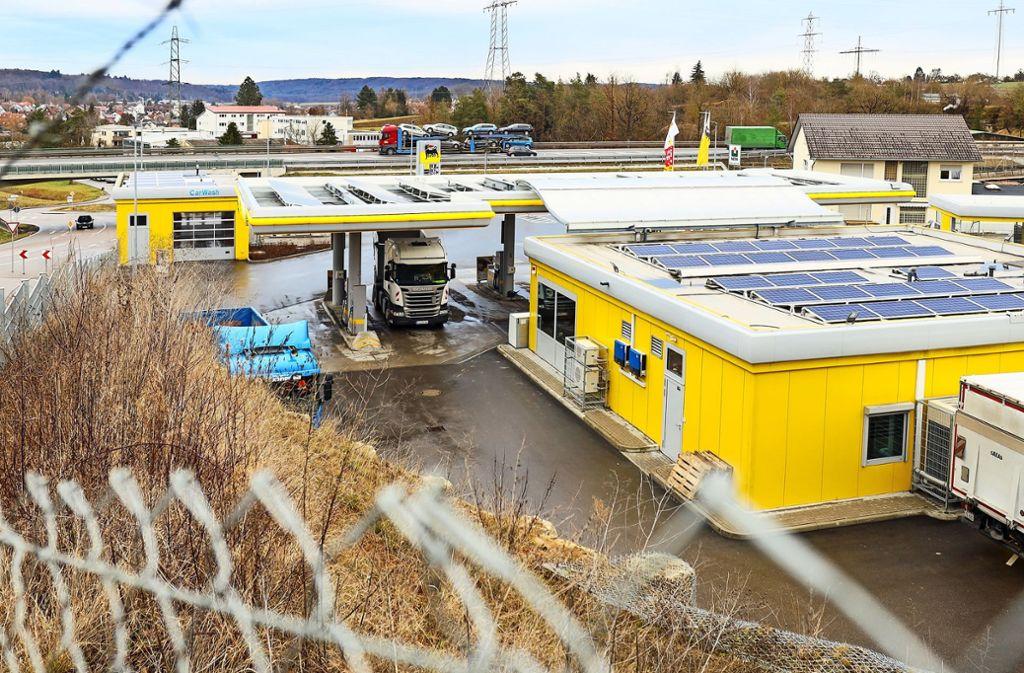 Die Agip-Tankstelle in Magstadt ist überfallen worden. Foto: factum/Simon Granville