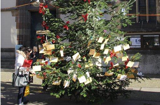 Ein Wunschbaum für Bedürftige