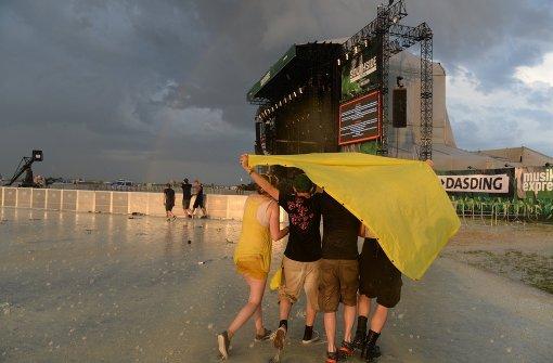 Southside und Hurricane wegen Unwettern unterbrochen