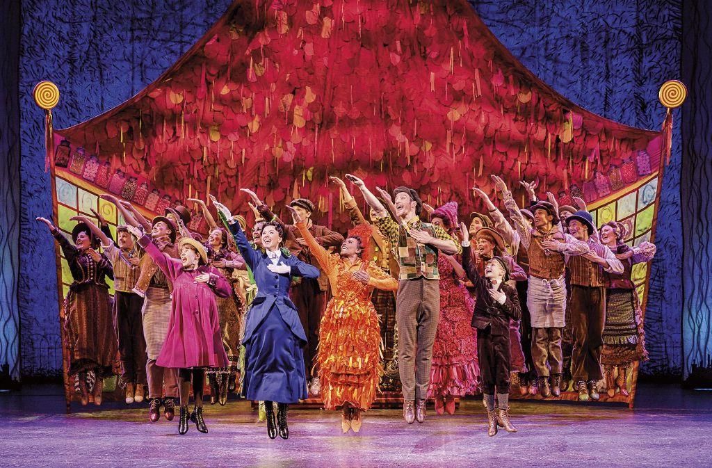 """Ein neuer Musicalhit in Stuttgart: """"Mary Poppins"""" erreicht nach Angaben der Stage Entertainment  eine Auslastung von etwa 80 Prozent. Foto: Stage Entertainment"""