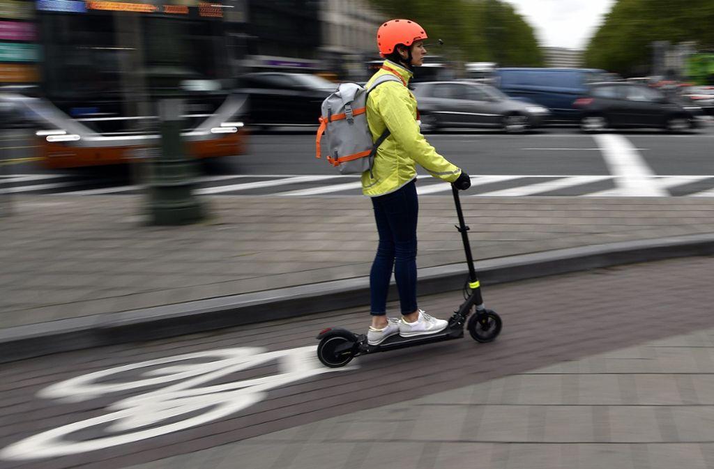 Mit dem E-Scooter unterwegs – jetzt auch in Stuttgart Foto: picture alliance/dpa