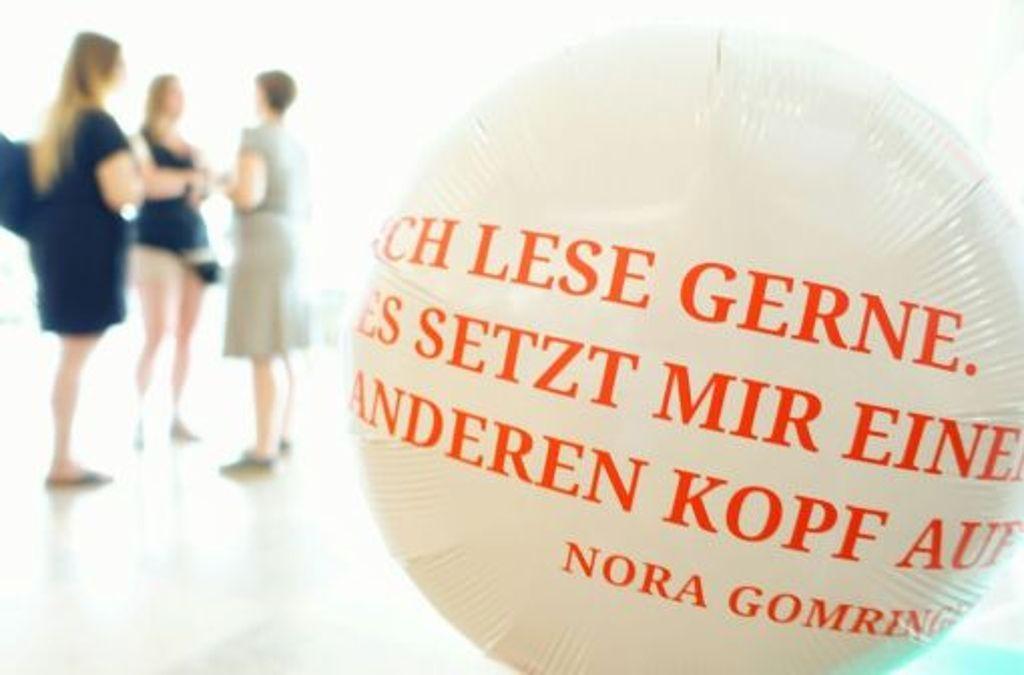 Andere Köpfe zuhauf: Der junge Literaturclub U35 liest, lacht und trinkt Foto: Literaturhaus Stuttgart