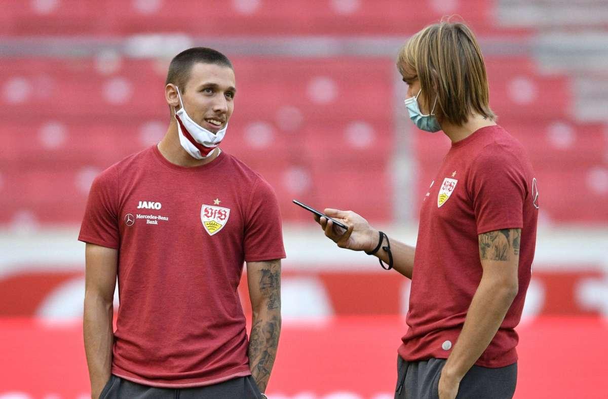 Darko Churlinov (links) und Borna Sosa vom VfB Stuttgart waren mit Nationalteams unterwegs. Foto: imago images/Michael Weber
