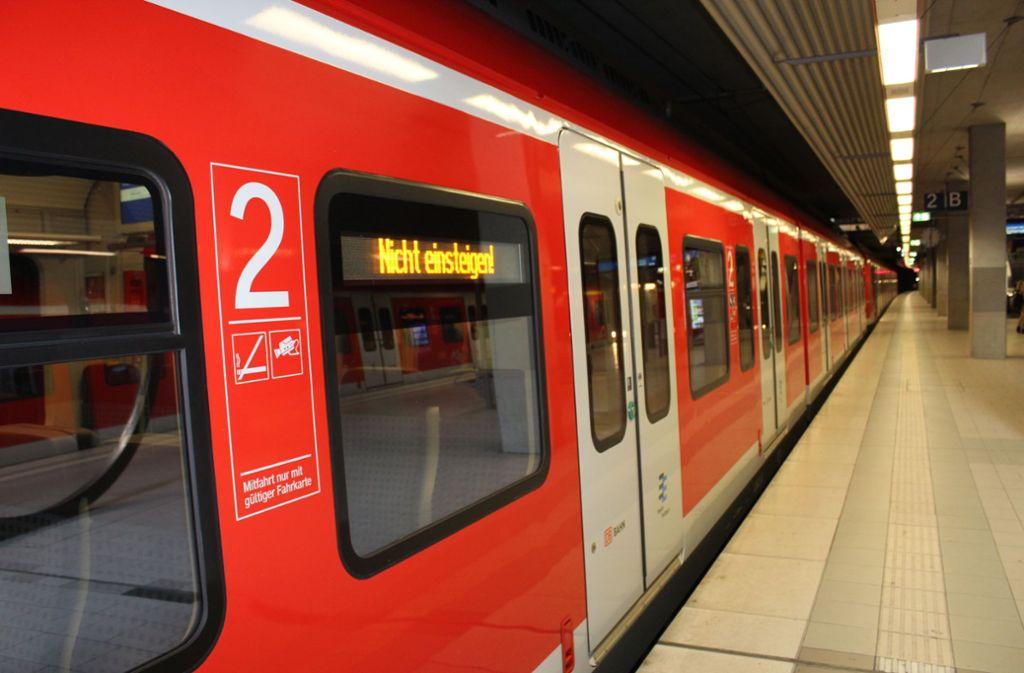 Die S-Bahn-Linie S5 verkehrt am Wochenende überhaupt nicht. Foto: Jacqueline Fritsch