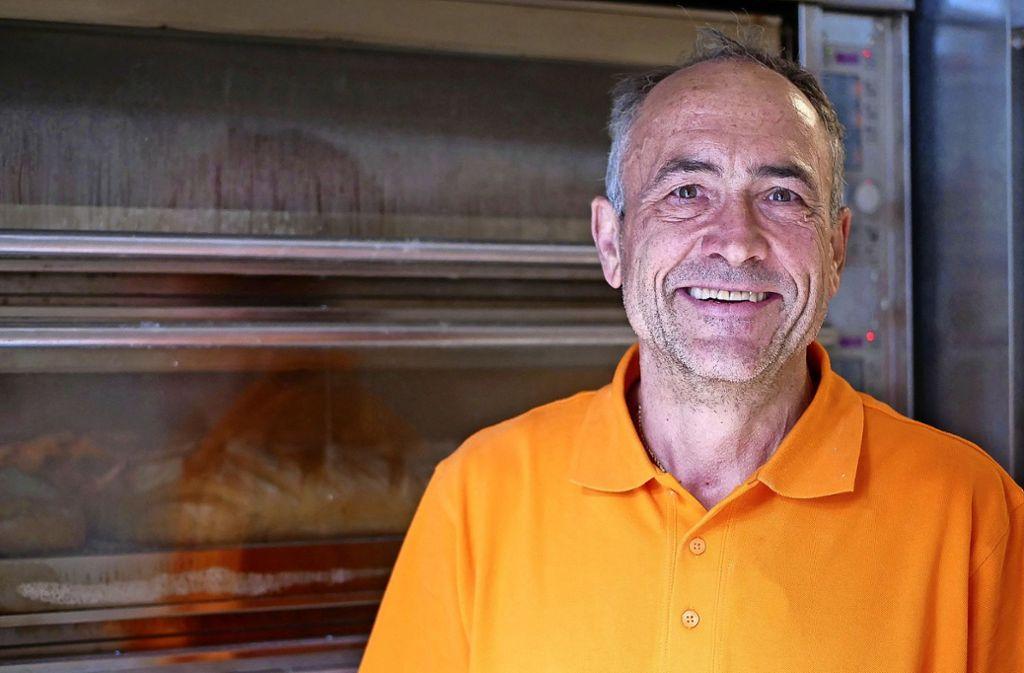 Der Bäcker Lothar Wolf hat einen Wunsch an viele Kollegen: dass sie es ihm nachtun und auf eine nachhaltige Produktionsweise umstellen. Foto: Eileen Breuer