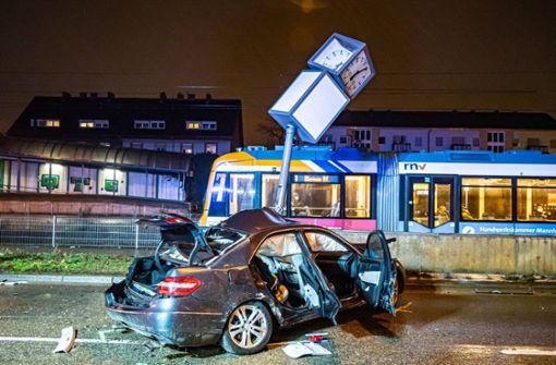 Fünf Verletzte bei Kollision – auch drei Kinder im Auto