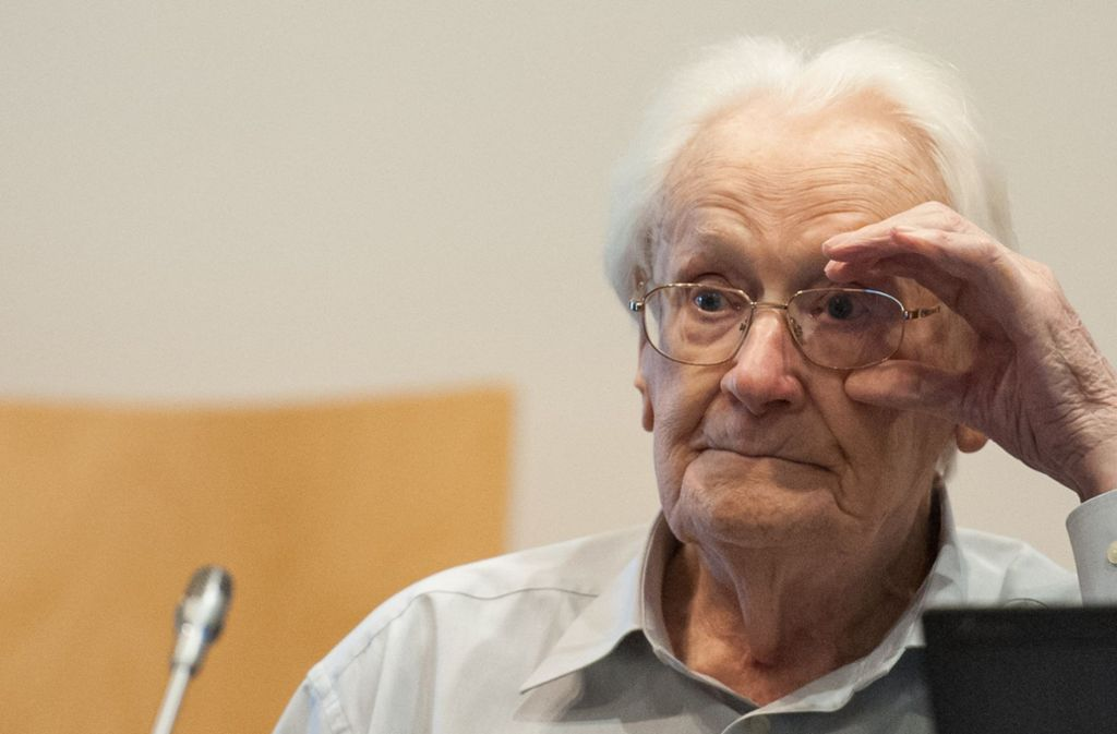 Oskar Gröning vor Gericht in Lüneburg. Foto: dpa
