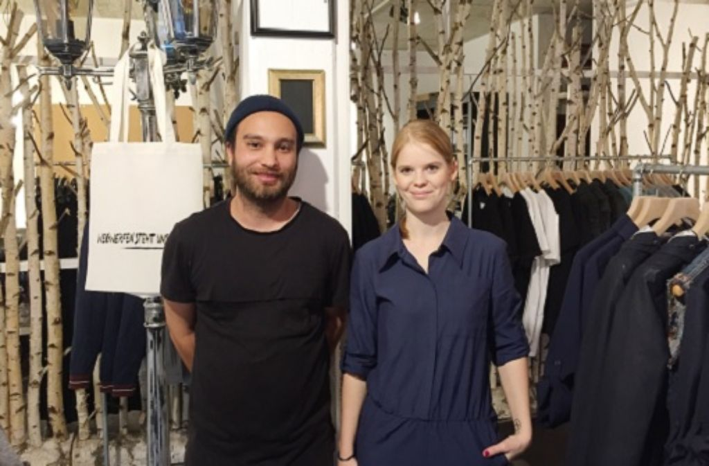 Oguzhan Deniz und Sarah Kürten haben gemeinsam das Label Wiederbelebt gegründet. Foto: Ina Schäfer