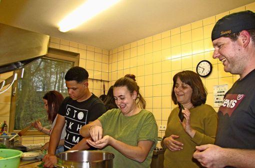 Kennenlernen zwischen Paella und Fleischküchle