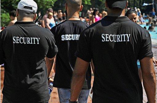 Wer zahlt die Kosten für mehr Sicherheit?