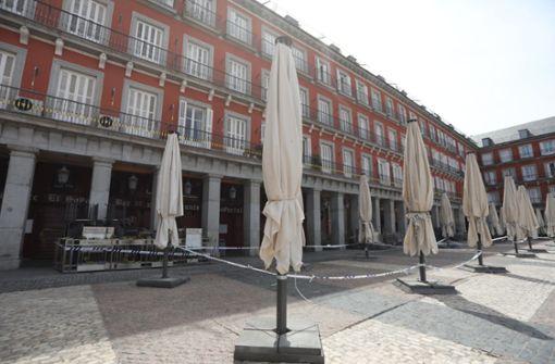 Madrid kündigt Teil-Abriegelung acht weiterer Wohngebiete an
