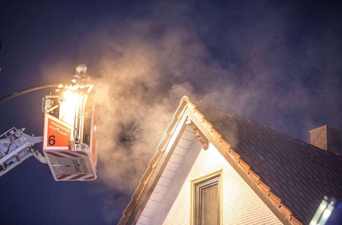 Die Feuerwehr bei den Löscharbeiten Foto: 7aktuell.de/Simon Adomat