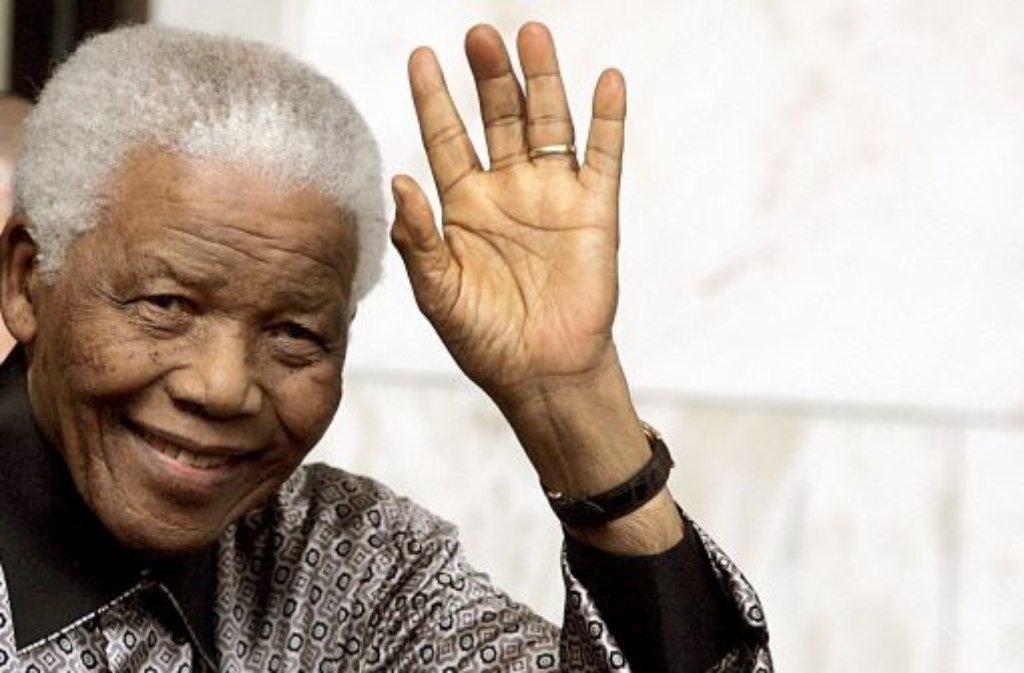 """Die Regenbogen-Nation"""" hat ihren Madiba, ihren Vater, verloren. Wir blicken zurück auf sein bewegtes und bewegendes Leben. Foto: dpa"""