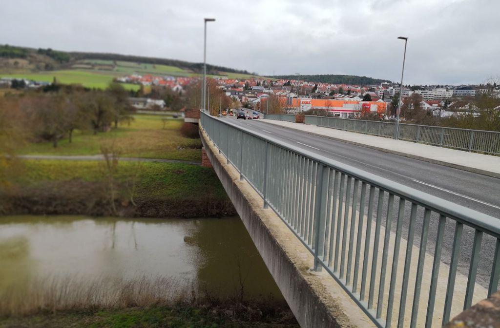 Das soll die Brücke sein, von der das Mädchen ins Wasser fiel. Foto: Andreas Rosar Fotoagentur Stuttgart