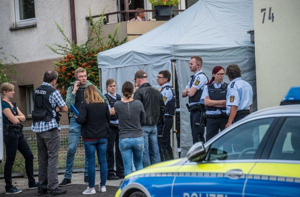 In Neuhausen wird eine tote Frau gefunden. Eine Sonderkommission ermittelt. Foto: SDMG