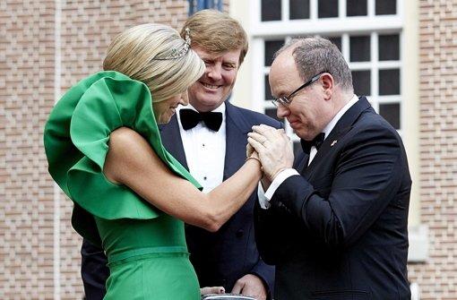 Fürst Albert fliegt allein nach Amsterdam