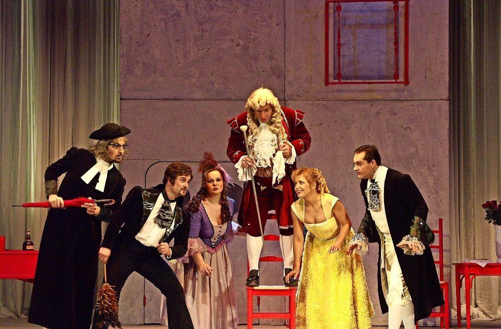 """Eine Operninszenierung in der Schwabenlandhalle: """"Der Barbier von Sevilla"""" im Februar 2011 Foto: Kulturamt"""