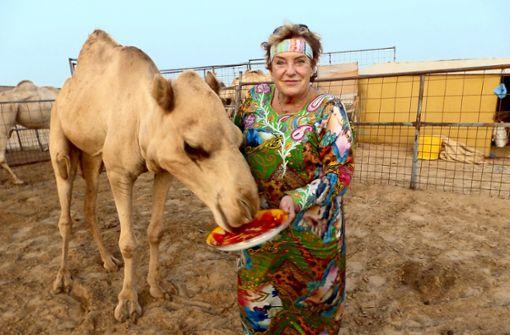 Die Frau, die lieber Kamele küsst