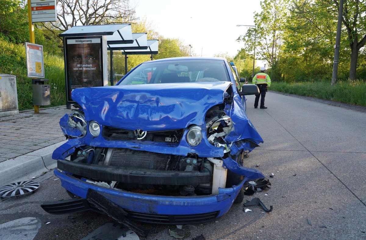 Die Summe des Gesamtschadens beläuft sich der Polizei zufolge auf etwa 15 000 Euro. Foto: Andreas Rosar /Fotoagentur-Stuttg