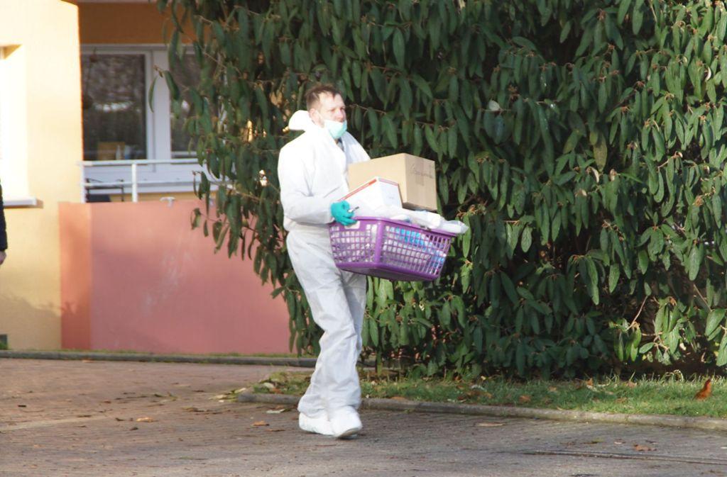 Die Polizei hat zwei Leichen in einer Wohnung in Böblingen gefunden. Foto: SDMG