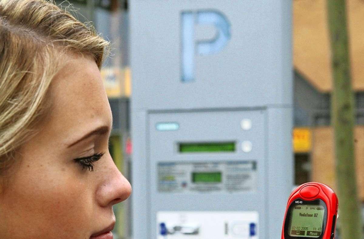 In  Kernen kann  der Parkobolus künftig per Handy beglichen werden. Foto: dpa//Ingo Wagner