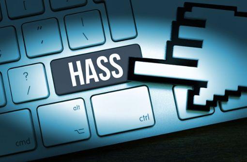 Mehr Personal gegen Hasskriminalität im Netz gefordert