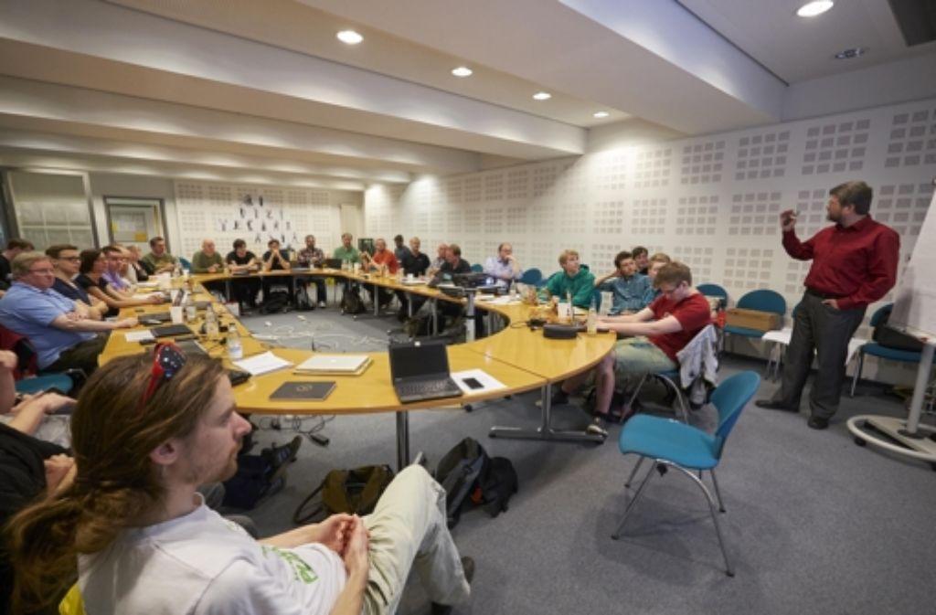 Jörg Bruchertseifer vom Fahrgastverband Pro Bahn hat beim Open VVS Day inhaltlichen Input aus Nutzersicht gegeben. Weitere Eindrücke vom Samstag zeigen wir in der folgenden Bilderstrecke. Foto: Heiss/Lichtgut