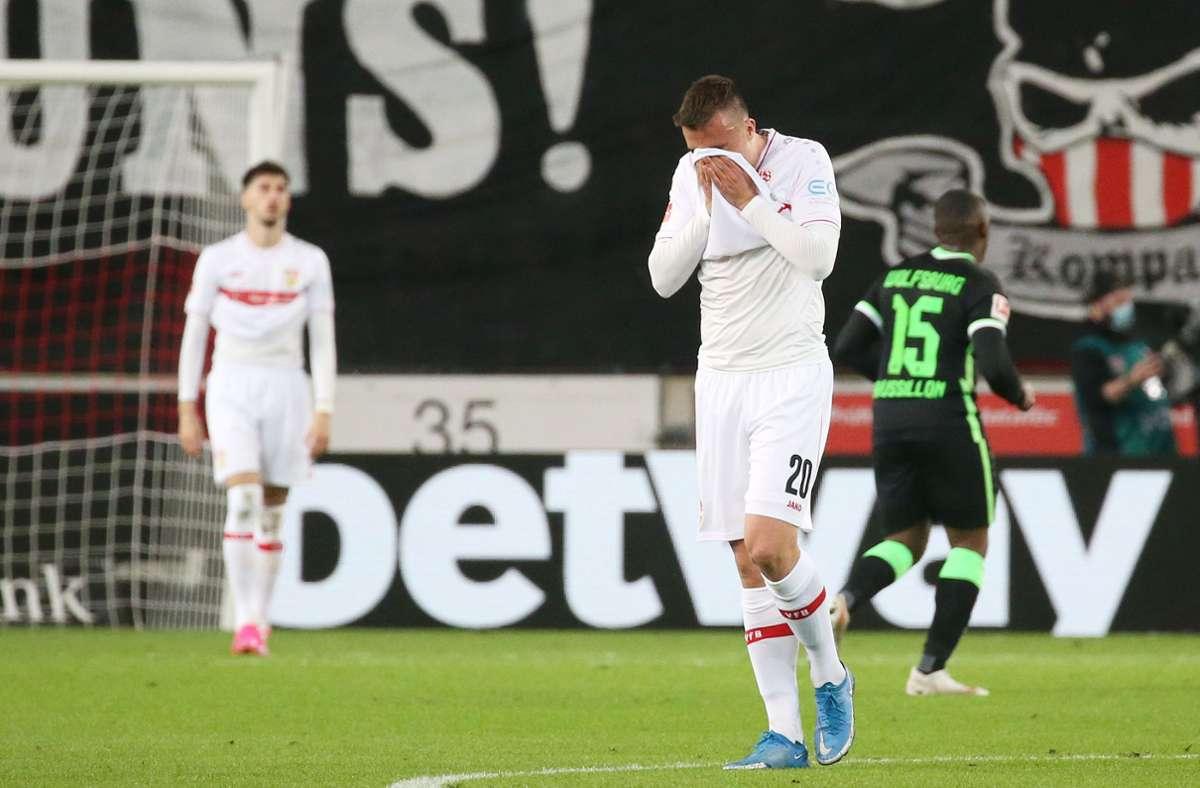 Der VfB Stuttgart hat gegen den VfL Wolfsburg 1:3 verloren. Unsere Redaktion hat die Leistungen der VfB-Akteure wie folgt bewertet. Foto: Pressefoto Baumann/Alexander Keppler
