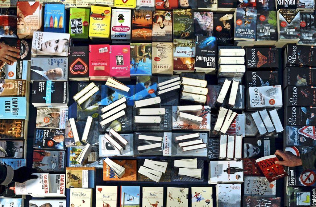 KNV übt eine entscheidende Scharnierfunktion zwischen Verlagen und Buchhändlern aus. Foto: dpa
