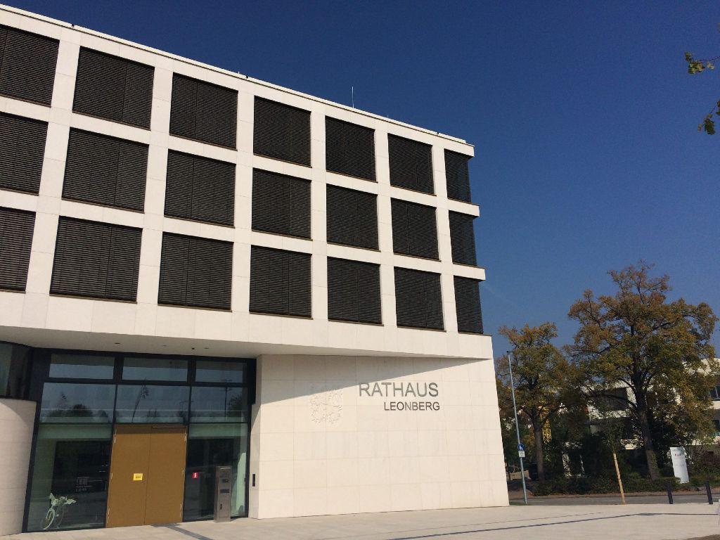 Wer sitzt hier in den kommenden acht Jahren auf dem Chefsessel? Die Leonberger haben heute gewählt. Foto: LKZ/wed
